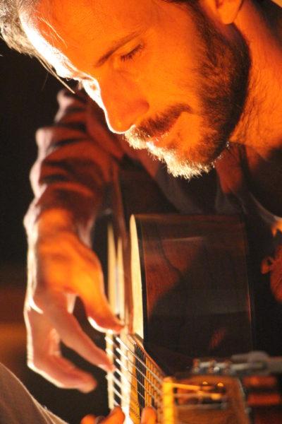 Arnito, guitariste virtuose en concert au coq noir